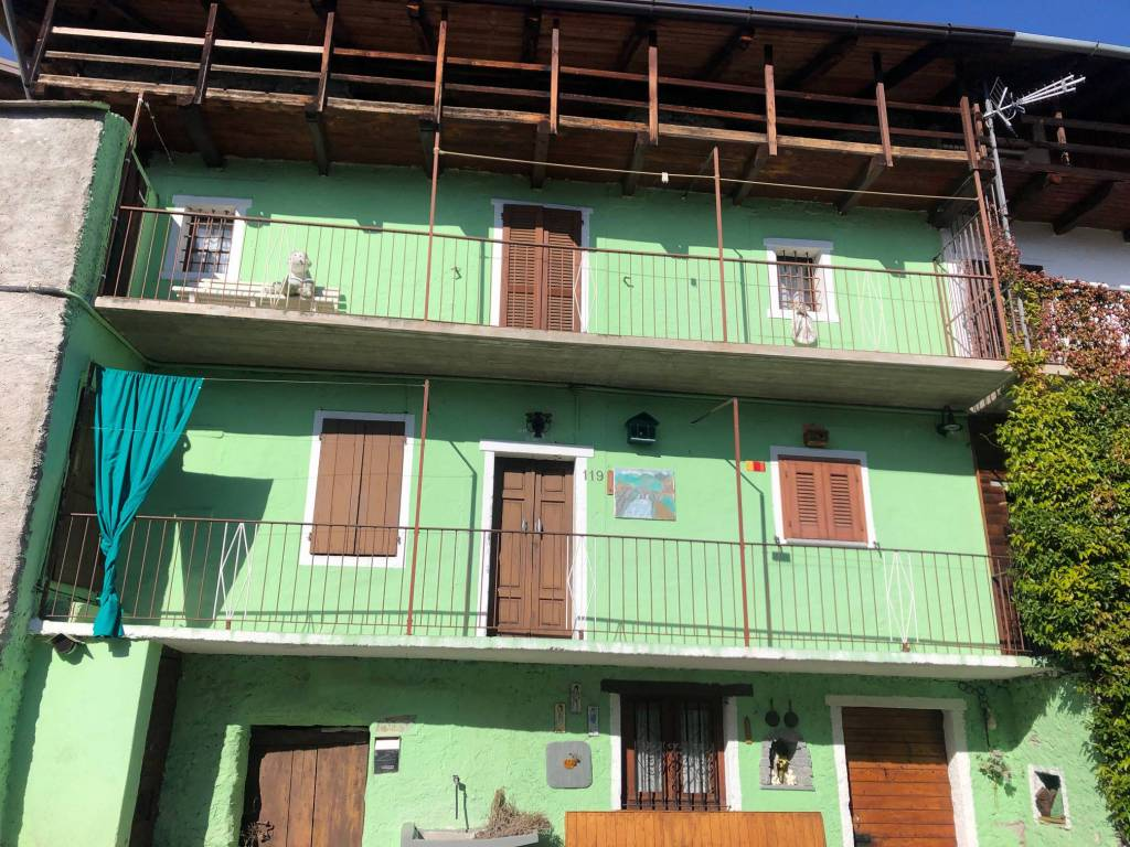 Rustico / Casale in vendita a Civo, 6 locali, prezzo € 20.000   PortaleAgenzieImmobiliari.it