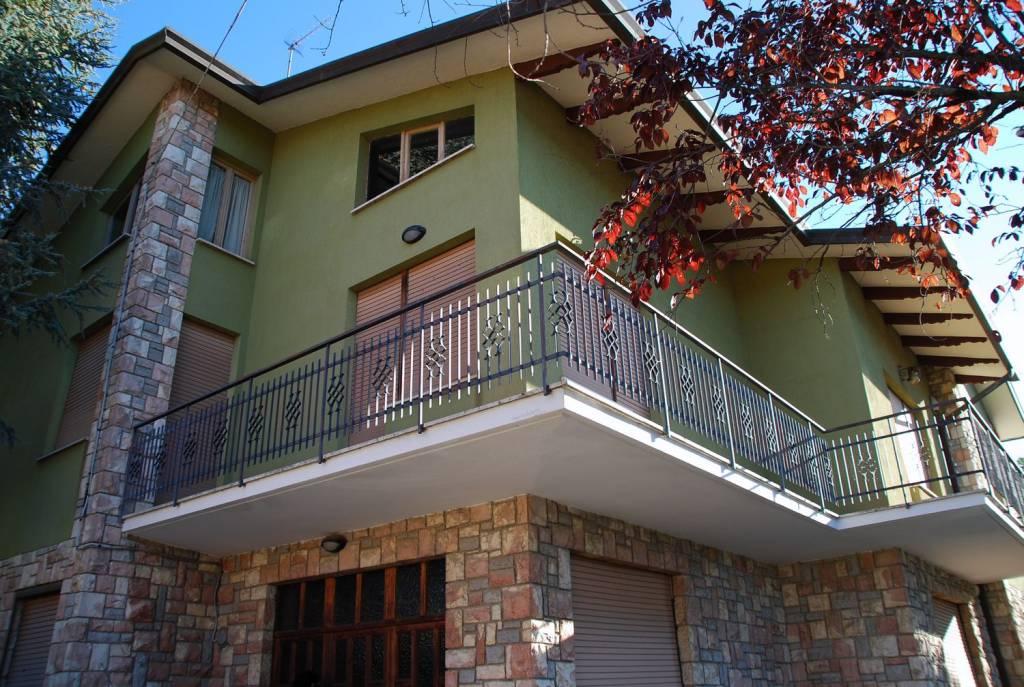 Villa in Vendita a Panicale Periferia: 5 locali, 350 mq