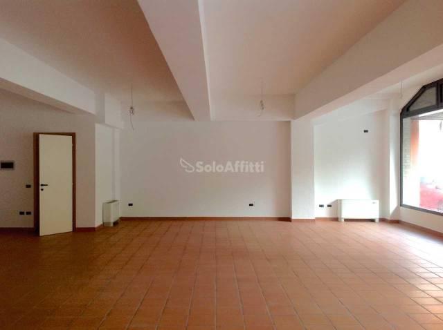Attività commerciale in affitto Rif. 6738513