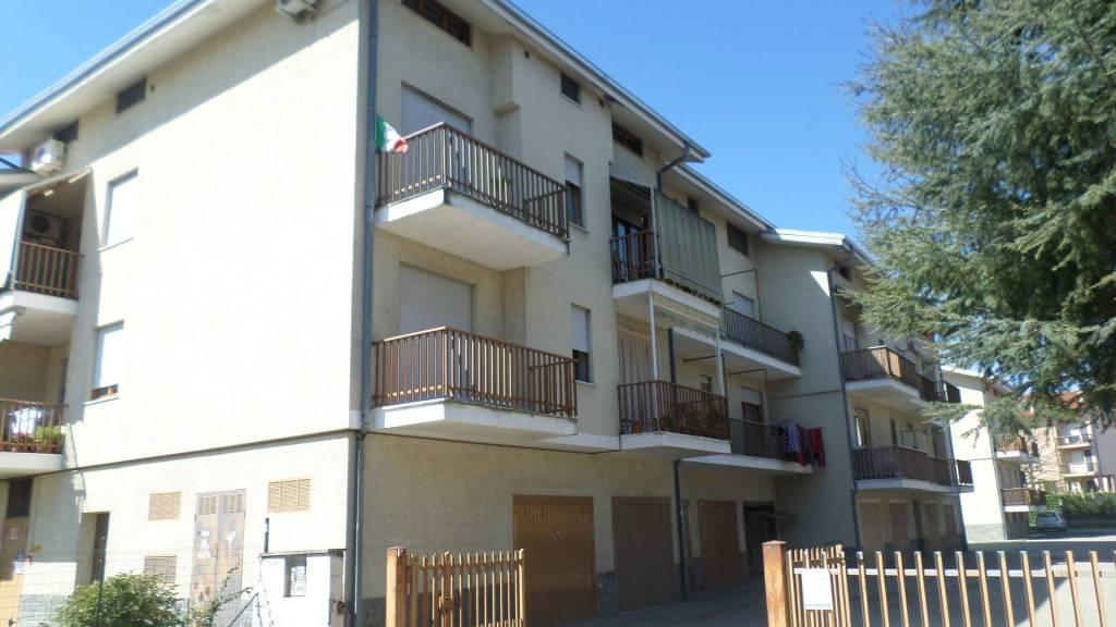 Appartamento in vendita a Castagnito, 3 locali, prezzo € 104.000 | CambioCasa.it