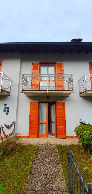 Villa a Schiera in vendita a Cortenova, 3 locali, prezzo € 105.000 | CambioCasa.it