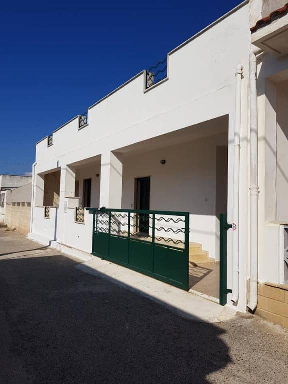 Villa in Vendita a Manduria Centro: 5 locali, 124 mq