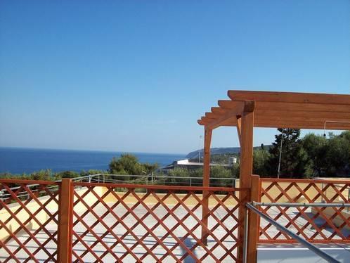 Villa in vendita a Alessano, 7 locali, prezzo € 250.000 | CambioCasa.it