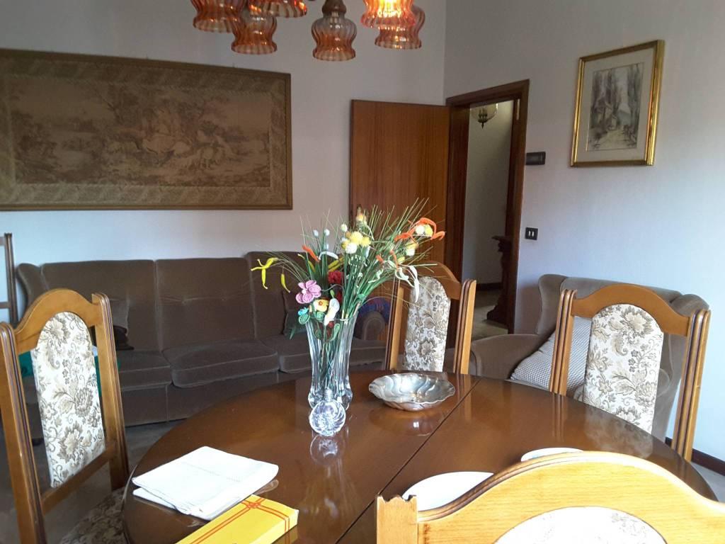 Villa in Vendita a Ravenna Semicentro: 5 locali, 243 mq