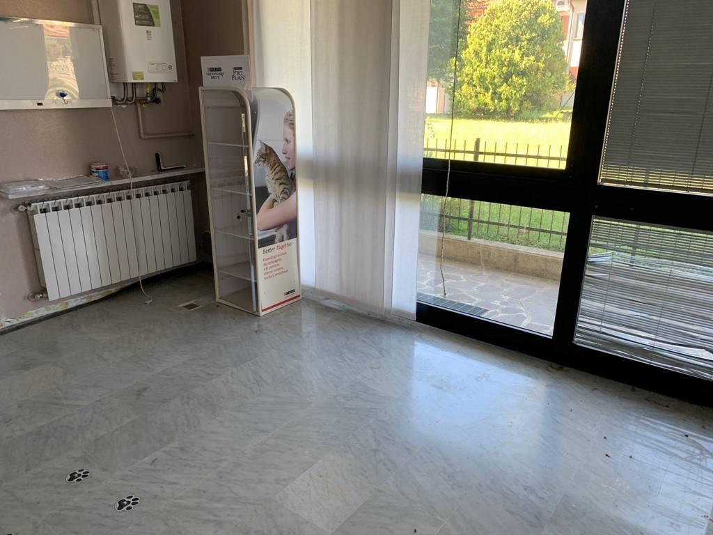 Negozio / Locale in vendita a Medolago, 2 locali, prezzo € 49.000 | PortaleAgenzieImmobiliari.it