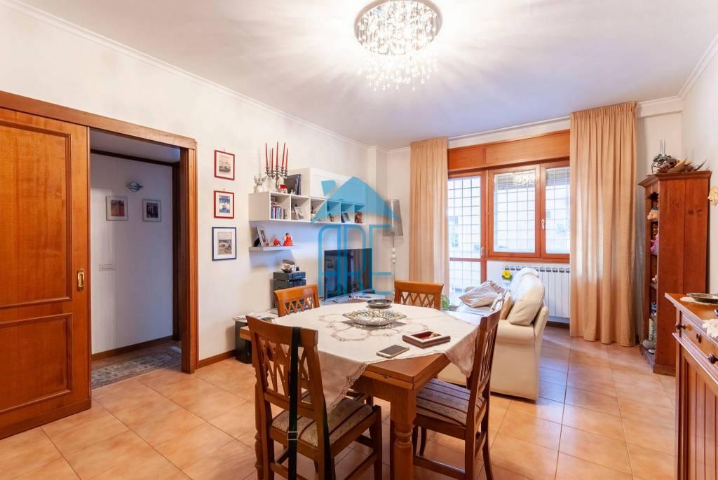 Appartamento in vendita a Roma, 3 locali, prezzo € 255.000 | CambioCasa.it