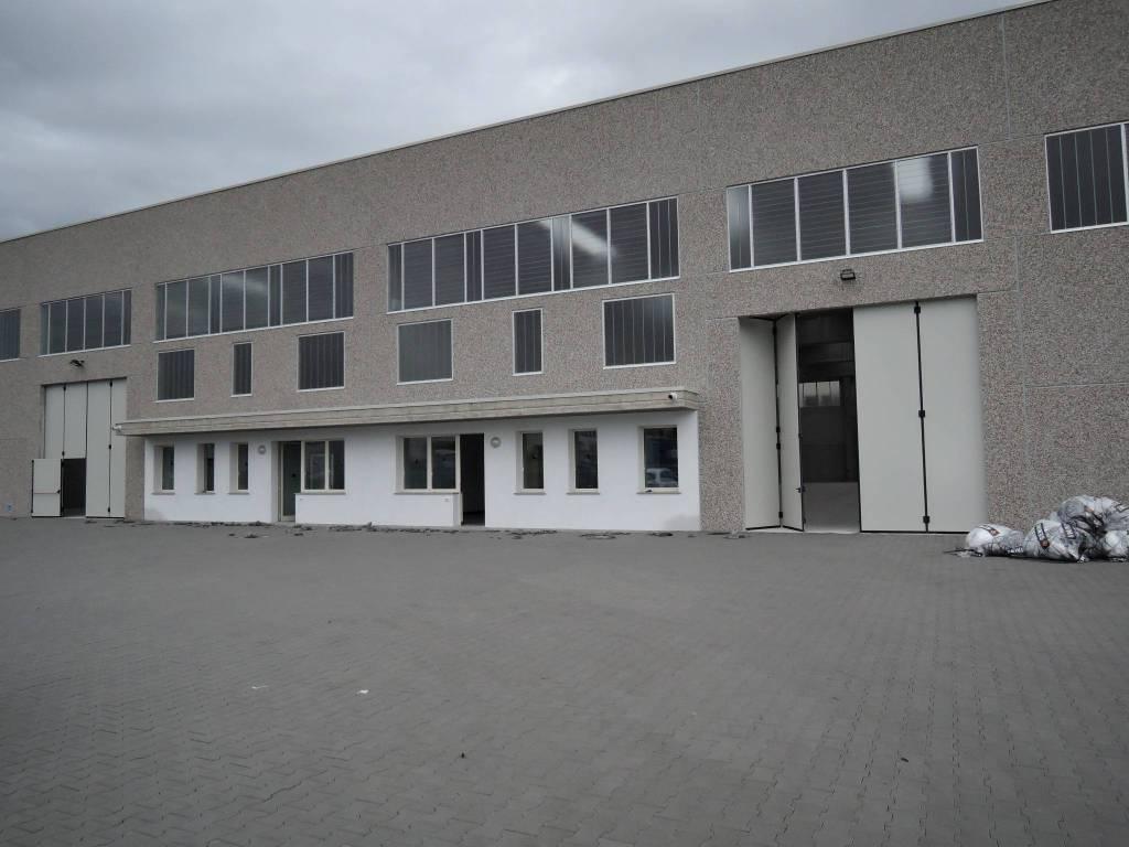Capannone in affitto a Montichiari, 1 locali, prezzo € 3.600 | PortaleAgenzieImmobiliari.it