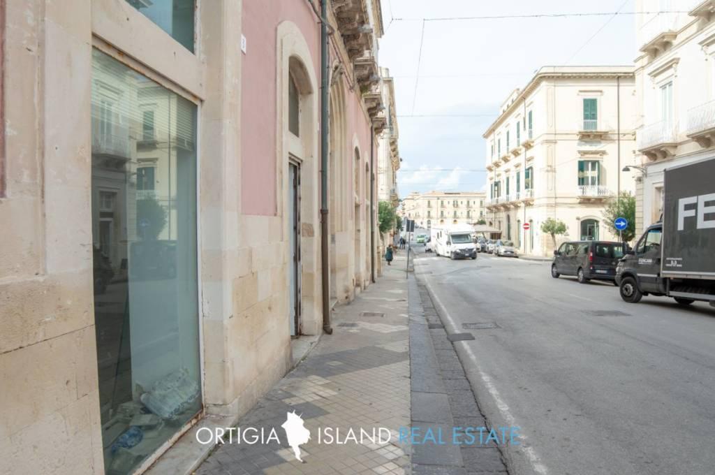 Negozio / Locale in vendita a Siracusa, 1 locali, prezzo € 240.000 | PortaleAgenzieImmobiliari.it