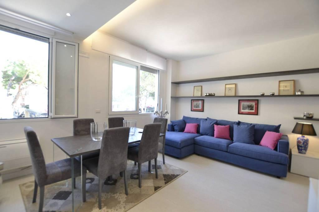 Appartamento in Affitto a Riccione Centro: 3 locali, 95 mq
