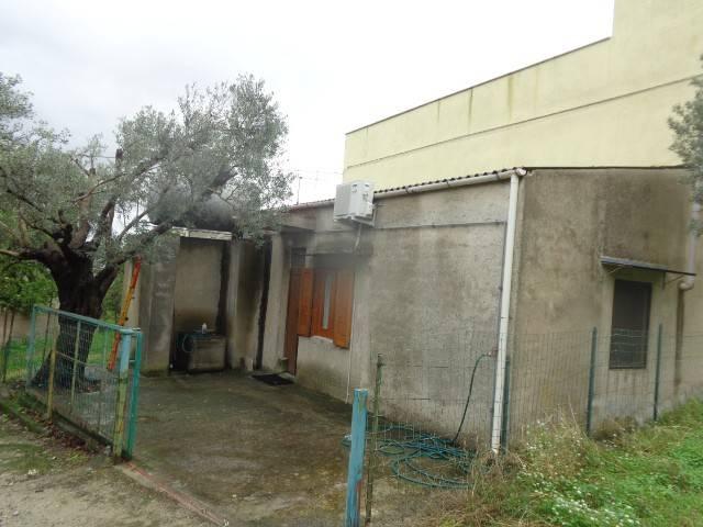 Appartamento in vendita a Grotteria, 3 locali, prezzo € 40.000 | CambioCasa.it