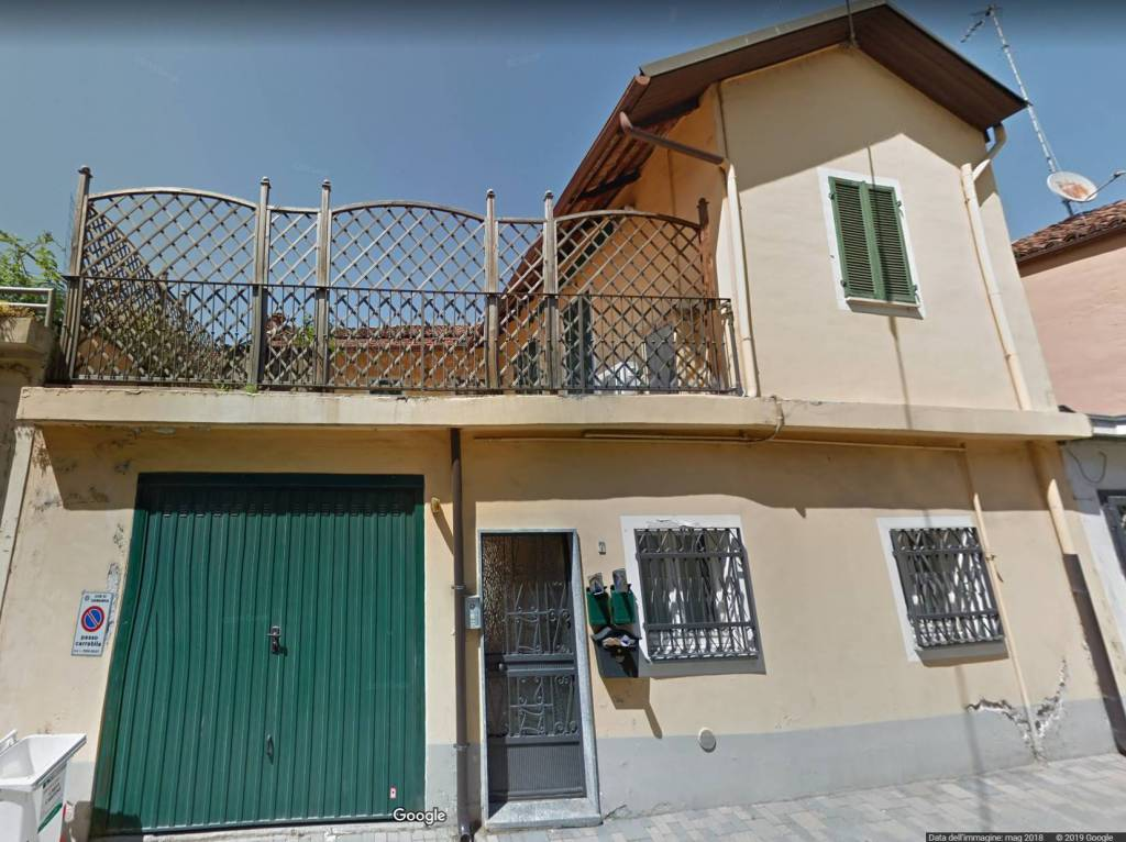 Casa Indipendente in ottime condizioni parzialmente arredato in vendita Rif. 8859560