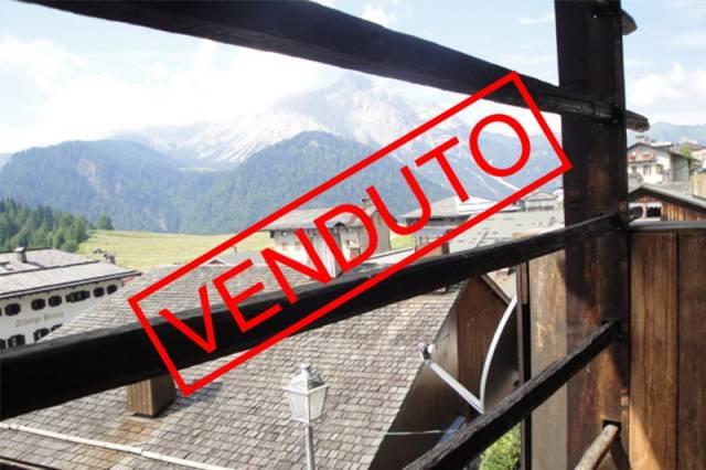 Attico / Mansarda in buone condizioni arredato in vendita Rif. 5016577