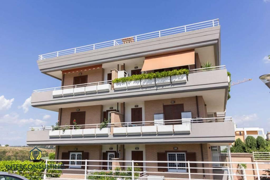 Appartamento in vendita a Roma, 3 locali, zona Zona: 40 . Piana del Sole, Casal Lumbroso, Malagrotta, Ponte Galeria, prezzo € 259.000 | CambioCasa.it