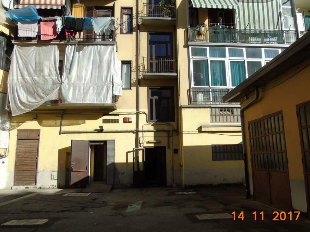 In Vendita a Torino Negozio / Locale