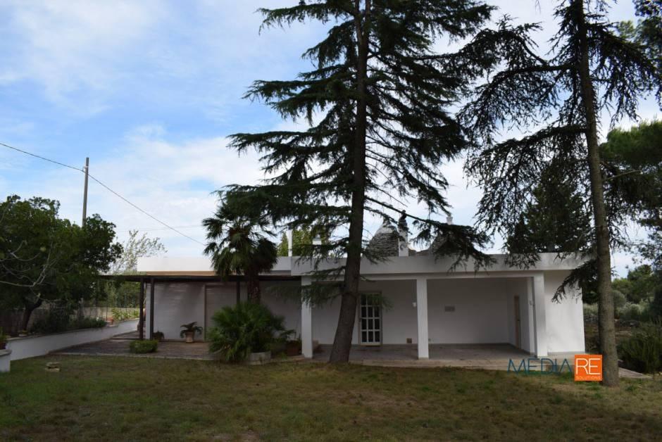 Villa in buone condizioni arredato in vendita Rif. 8067176