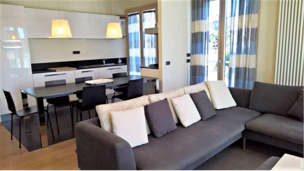 Appartamento in vendita a Forte dei Marmi, 7 locali, prezzo € 900.000   PortaleAgenzieImmobiliari.it