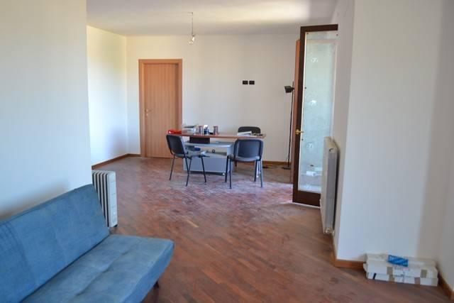 Appartamento in Vendita a Magione: 3 locali, 109 mq