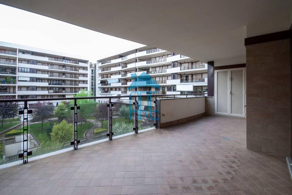 Appartamento in vendita a Roma, 2 locali, zona Zona: 22 . Eur - Torrino - Spinaceto, prezzo € 329.000 | CambioCasa.it