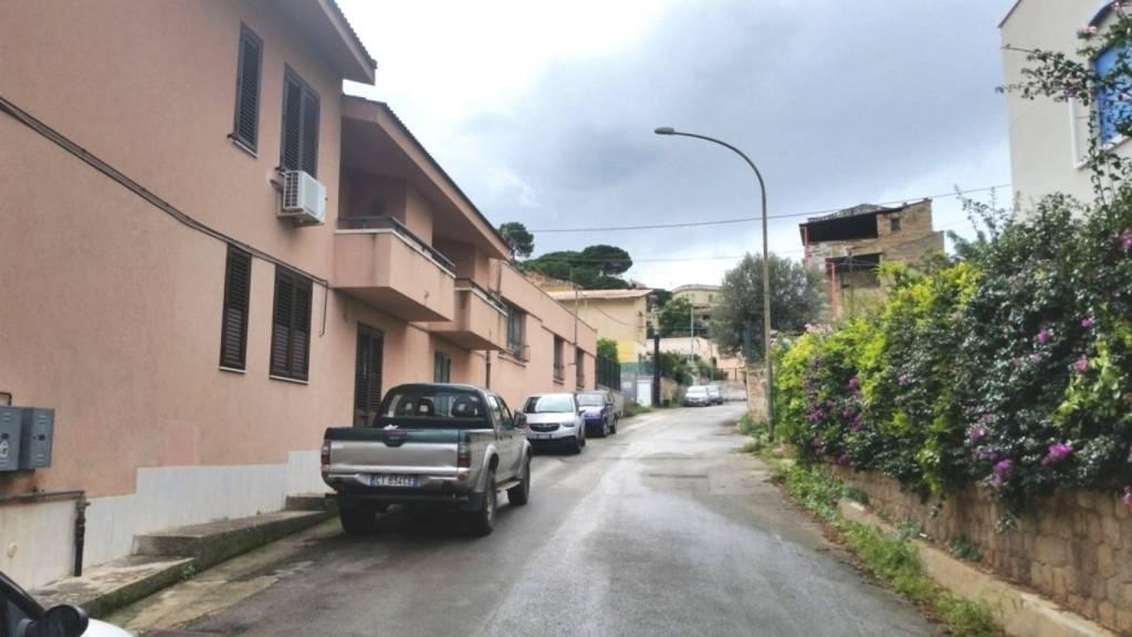 Appartamento in Affitto a Casteldaccia Centro: 5 locali, 160 mq