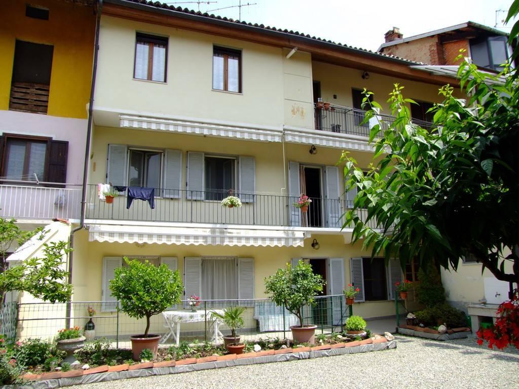 Appartamento in vendita a Caravino, 5 locali, prezzo € 95.000 | PortaleAgenzieImmobiliari.it