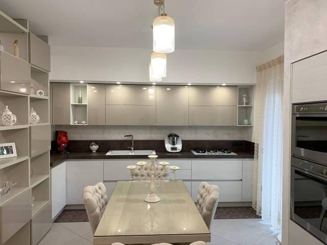 Appartamento in affitto Rif. 6916280