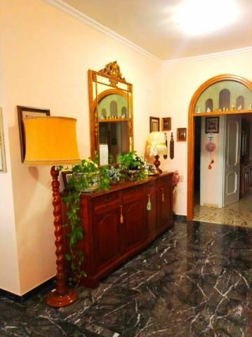 Appartamento in buone condizioni in vendita Rif. 5834054