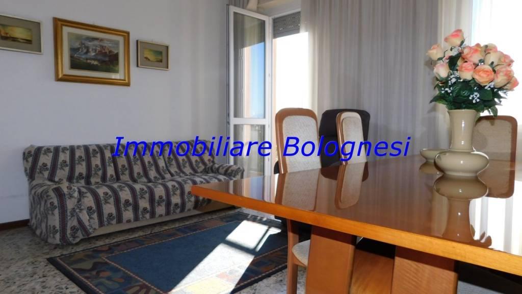 Appartamento in vendita a Cardano al Campo, 3 locali, prezzo € 89.000 | PortaleAgenzieImmobiliari.it