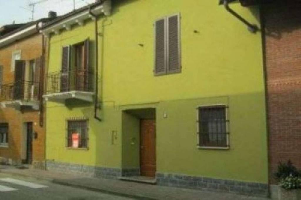 Soluzione Indipendente in vendita a Mortara, 5 locali, prezzo € 85.000 | CambioCasa.it