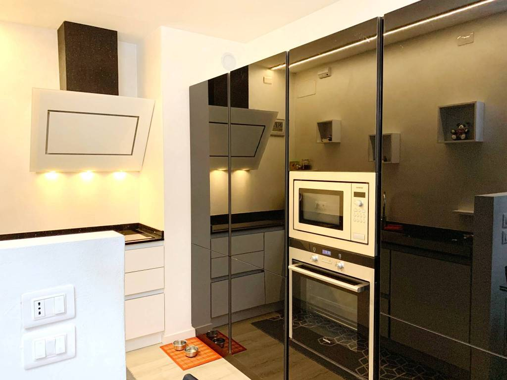Foto appartamento in vendita a Riva del Garda (Trento)