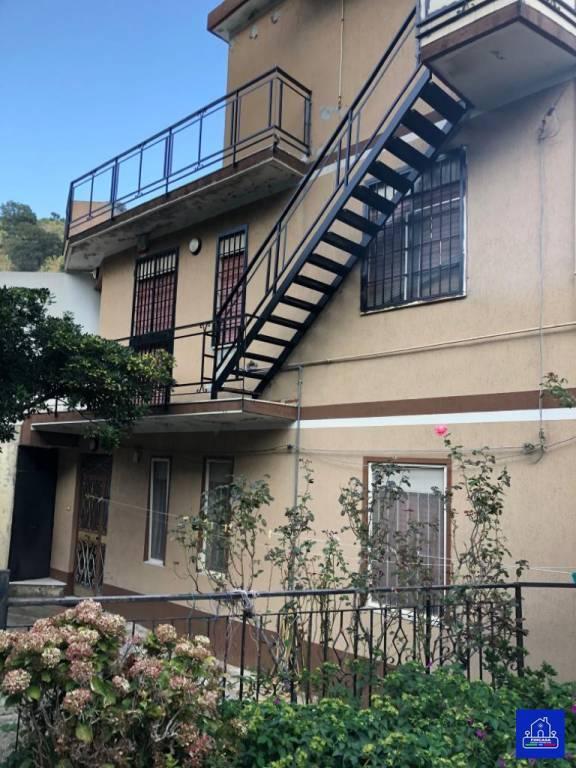 Appartamento in Vendita a Messina Periferia Sud: 3 locali, 134 mq