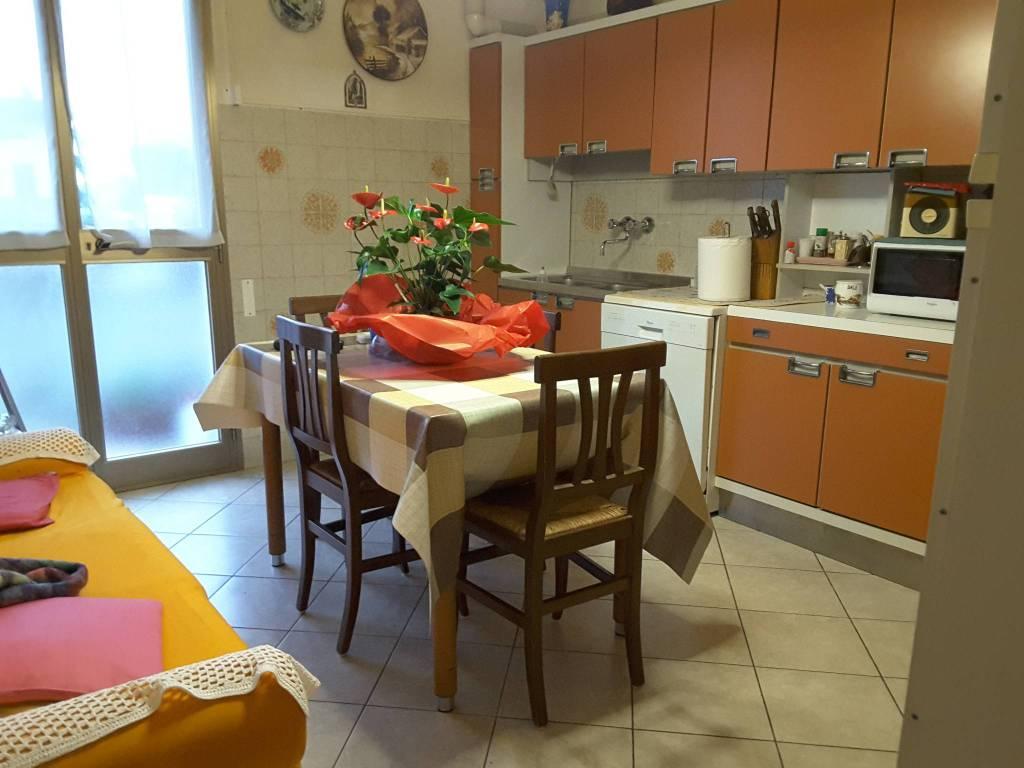 Appartamento in Vendita a Ravenna Semicentro: 5 locali, 150 mq