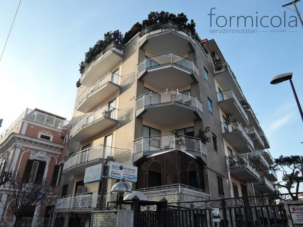 Appartamento in vendita a Portici, 7 locali, prezzo € 480.000 | PortaleAgenzieImmobiliari.it
