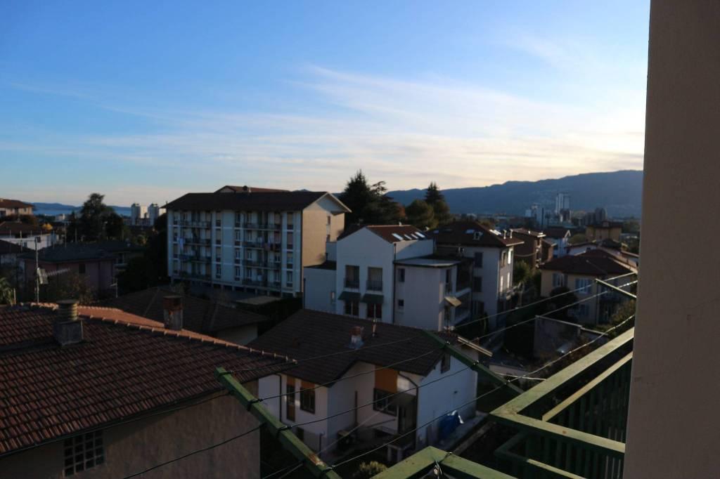 Appartamento in vendita a Verbania, 4 locali, prezzo € 159.000 | PortaleAgenzieImmobiliari.it