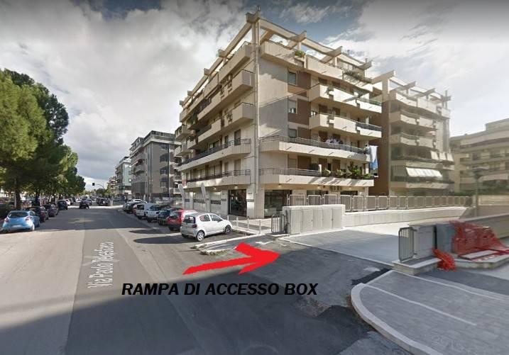 Posto-box auto in Affitto a Foggia Semicentro: 20 mq