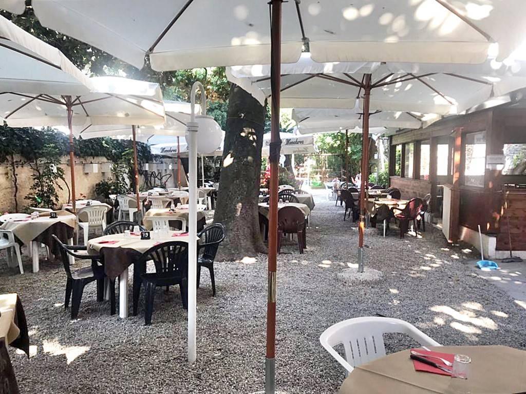 Ristorante / Pizzeria / Trattoria in affitto a Chiavari, 6 locali, Trattative riservate | CambioCasa.it