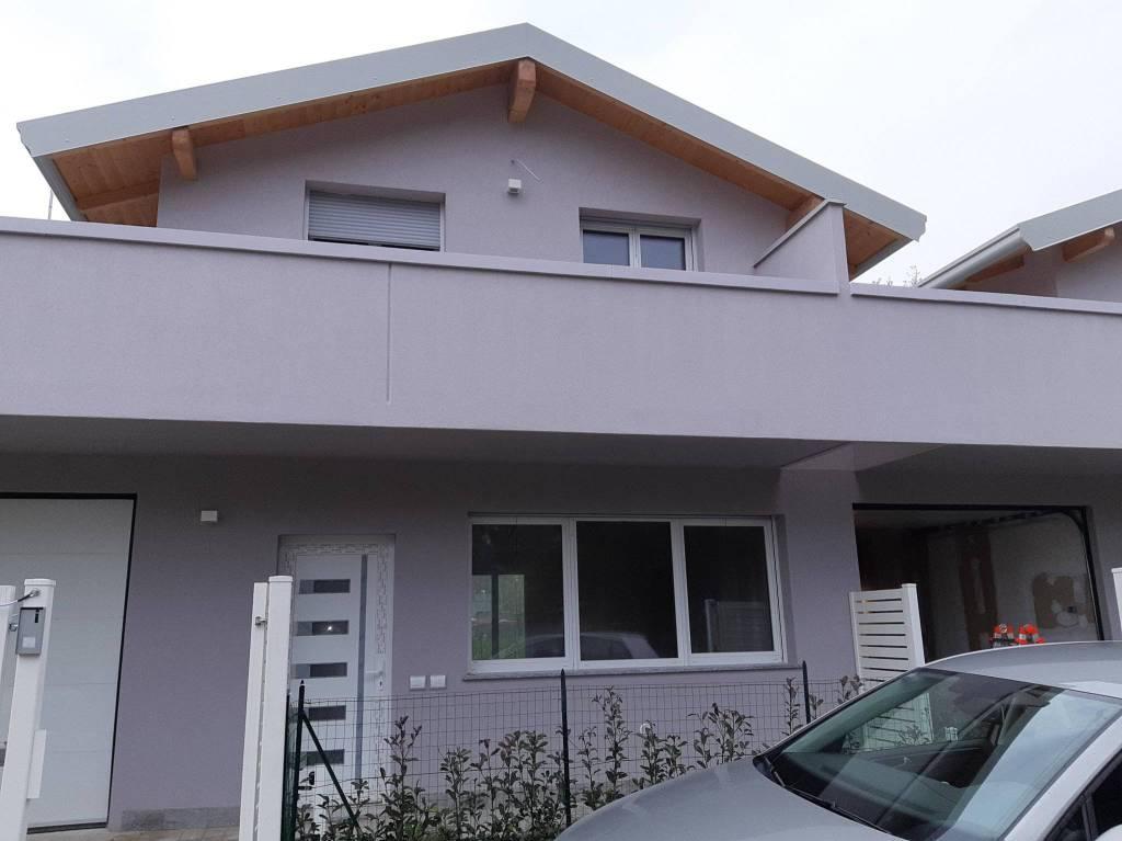 Villa in vendita a Lurate Caccivio, 4 locali, prezzo € 295.000 | PortaleAgenzieImmobiliari.it
