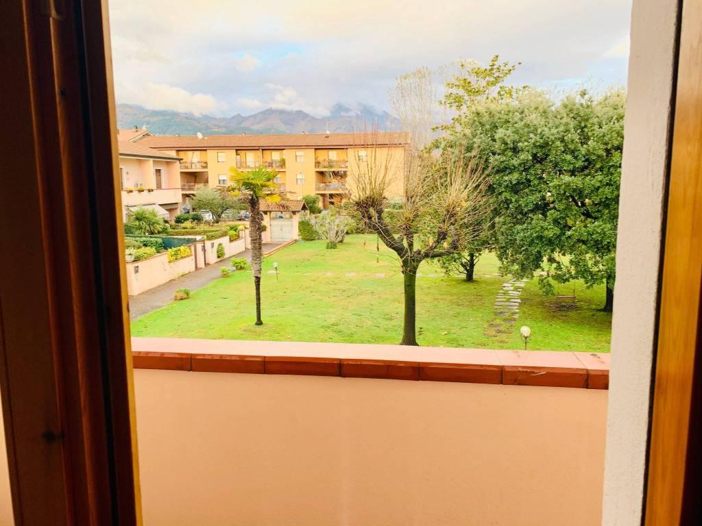 Appartamento in vendita a Forte dei Marmi, 7 locali, prezzo € 450.000   PortaleAgenzieImmobiliari.it