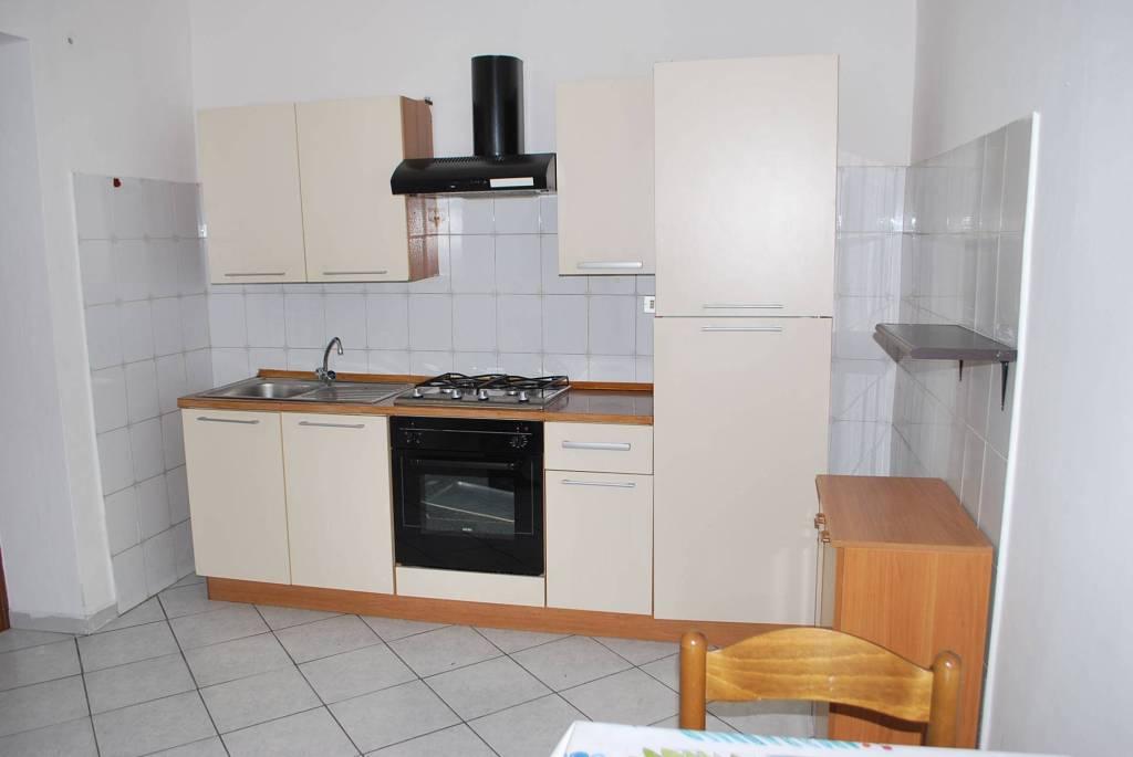 Appartamento in affitto a Diano d'Alba, 2 locali, prezzo € 300   CambioCasa.it