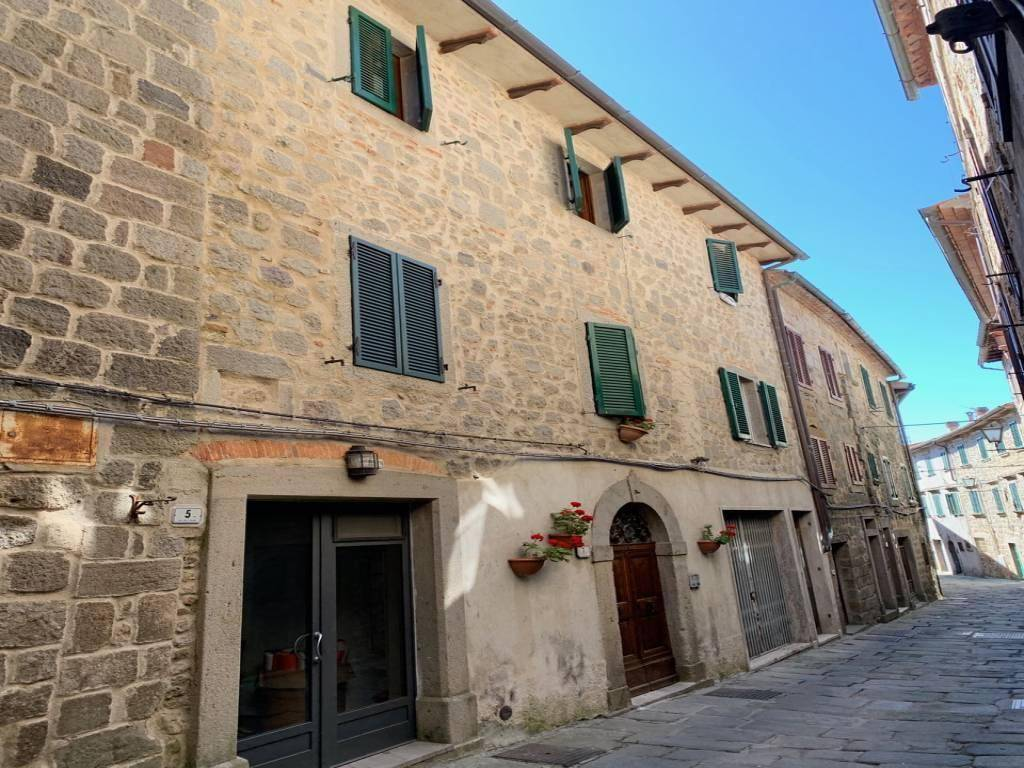 Vendesi appartamento - Santa Fiora