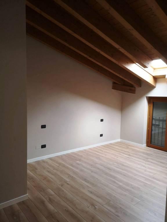 Appartamento in vendita a Torbole Casaglia, 4 locali, prezzo € 220.000 | PortaleAgenzieImmobiliari.it