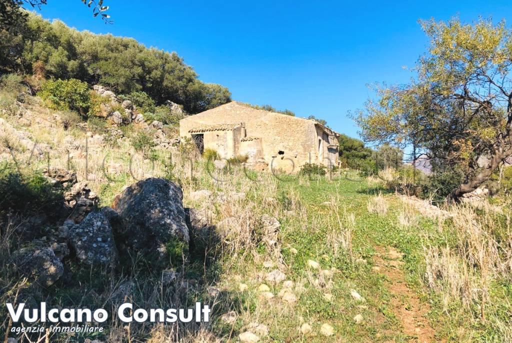 Rustico / Casale in vendita a San Vito Lo Capo, 6 locali, prezzo € 110.000 | CambioCasa.it