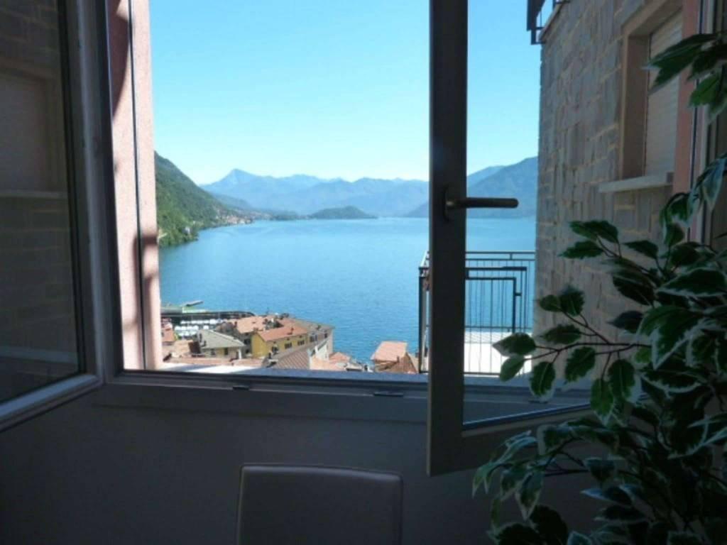 Appartamento in vendita a Como, 4 locali, zona Zona: 9 . Monte Olimpino - Sagnino - Tavernola, prezzo € 380.000 | CambioCasa.it