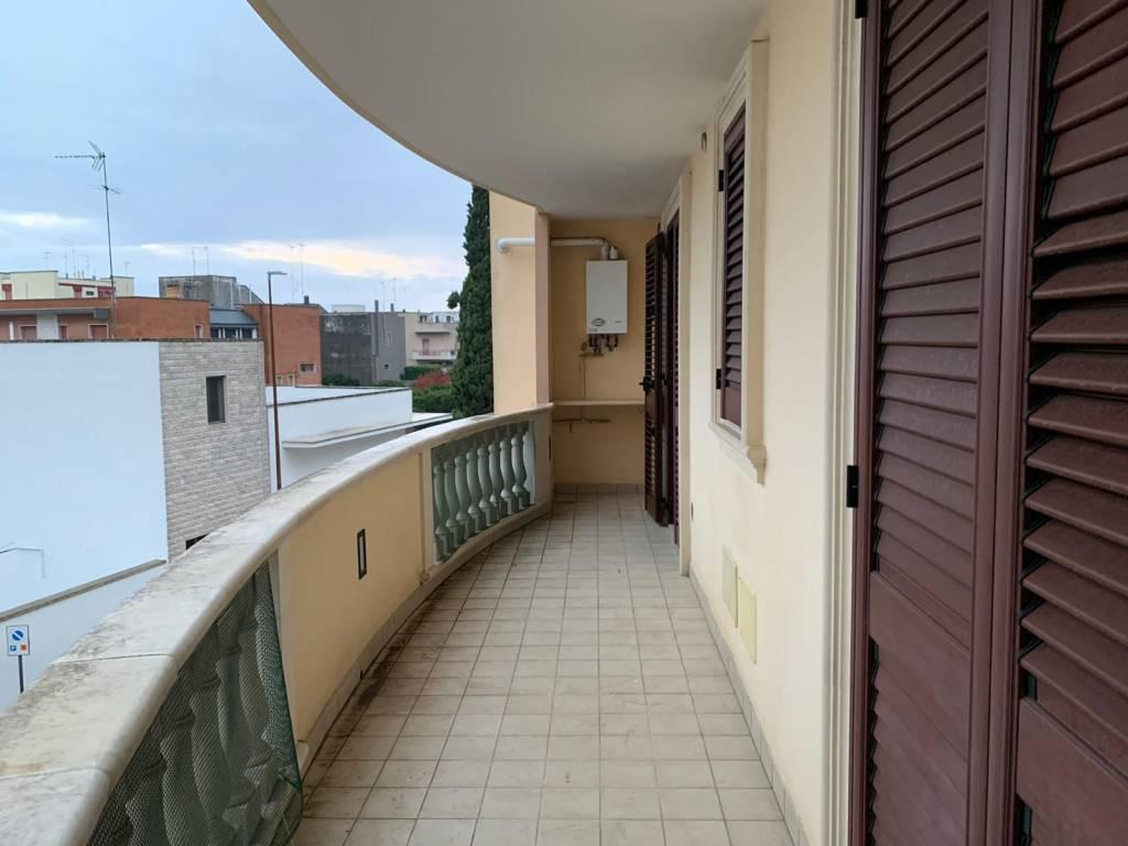 Attico in Affitto a Cavallino Centro: 5 locali, 120 mq
