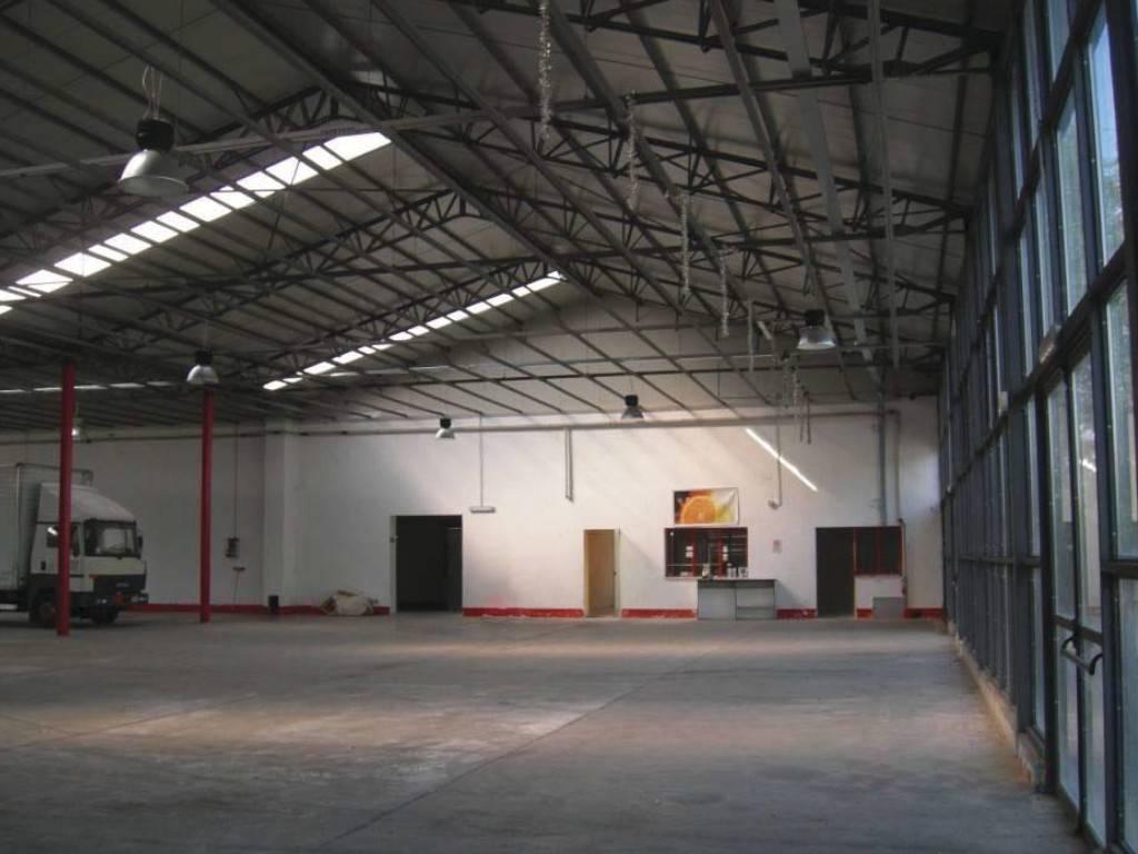 Negozio / Locale in vendita a San Secondo di Pinerolo, 6 locali, prezzo € 250.000 | PortaleAgenzieImmobiliari.it