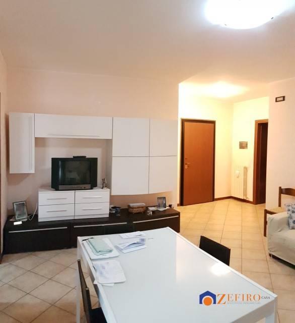Appartamento in Vendita a Rolo Centro: 3 locali, 95 mq