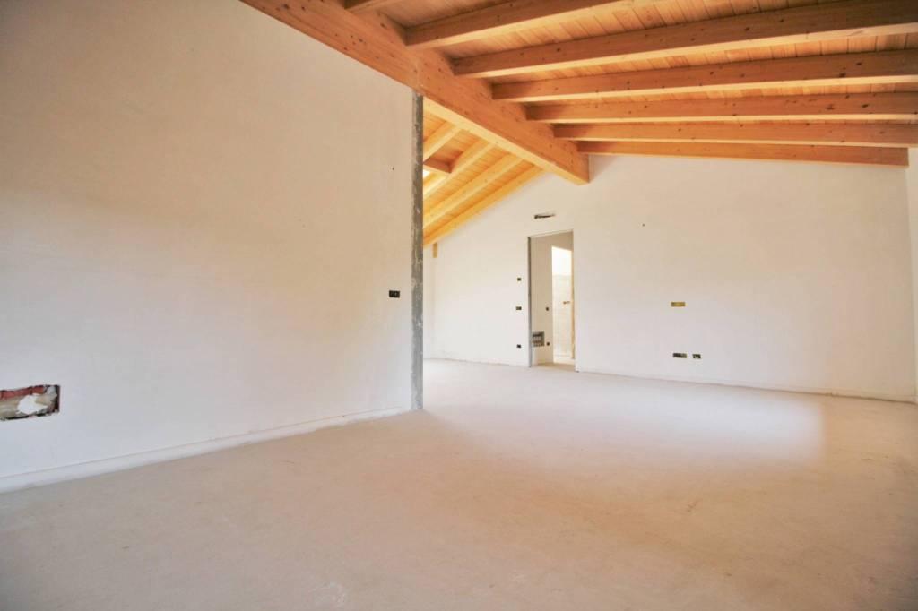 Appartamento in vendita a Parabiago, 4 locali, prezzo € 336.000   PortaleAgenzieImmobiliari.it