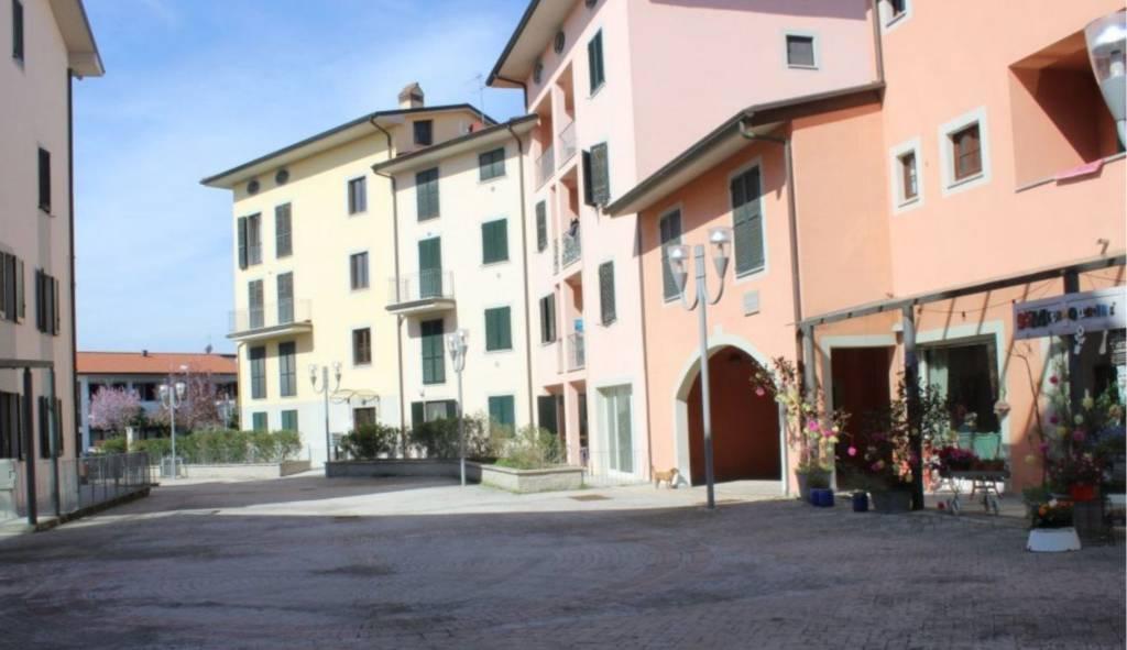 Appartamento in ottime condizioni in vendita Rif. 7901397