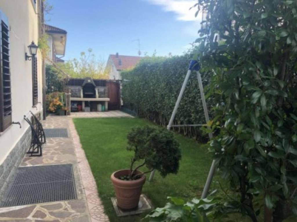 Villa in Vendita a Cislago