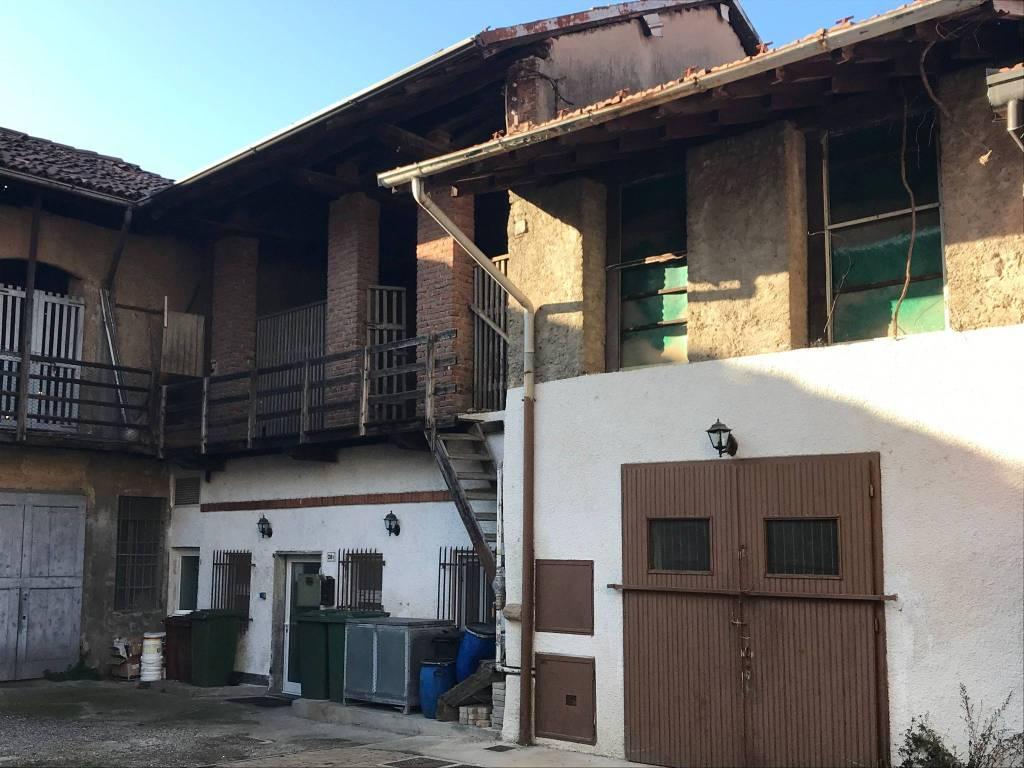 Negozio / Locale in vendita a Casorate Sempione, 2 locali, prezzo € 69.000 | PortaleAgenzieImmobiliari.it