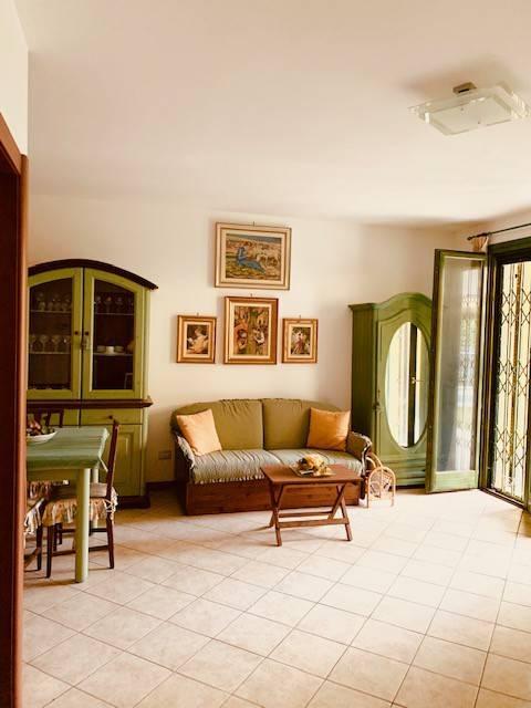 Appartamento in vendita a Ranco, 1 locali, prezzo € 50.000   CambioCasa.it
